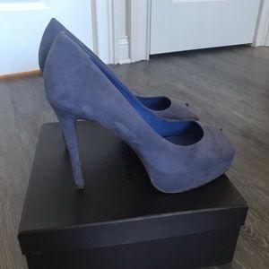 Tahari Kendra shoes